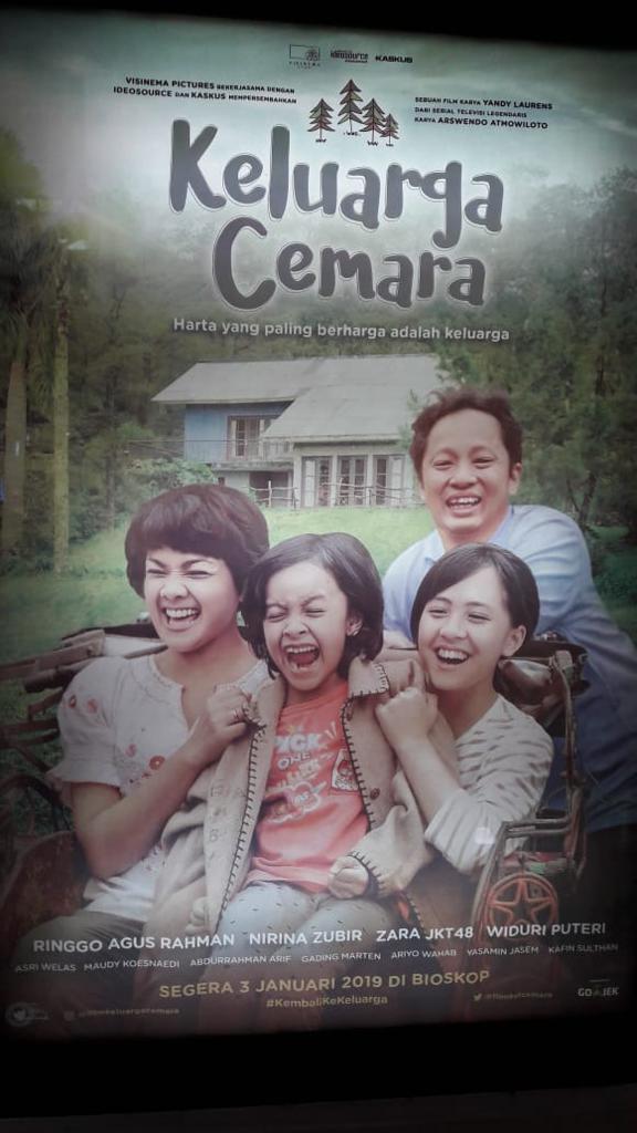 Zara jkt 48 Siswa Fikar Main Film di Keluarga Cemara